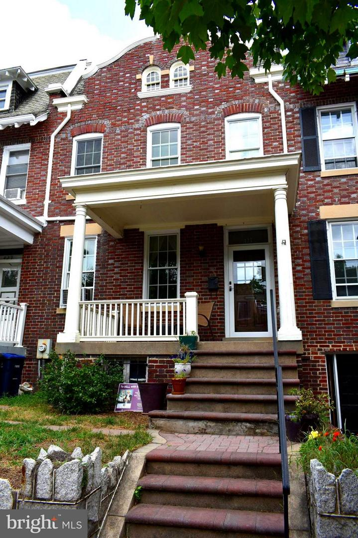 Single Family for Sale at 427 6th St NE Washington, District Of Columbia 20002 United States