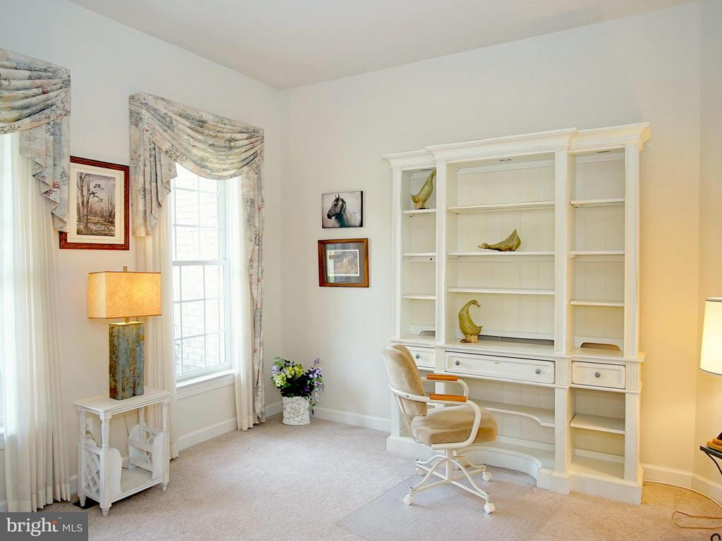 Den, Study or Home Office - 16952 OLD SAWMILL RD, WOODBINE