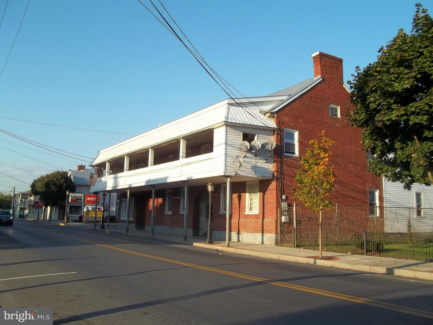 Commercial for Sale at 127 North Main St N Moorefield, West Virginia 26836 United States