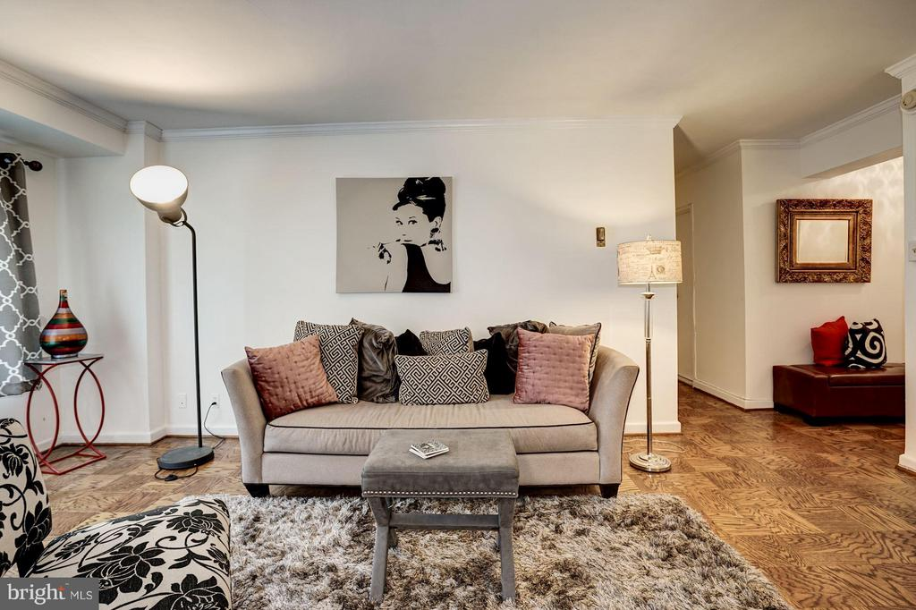Living Room - 4201 CATHEDRAL AVE NW #404W, WASHINGTON