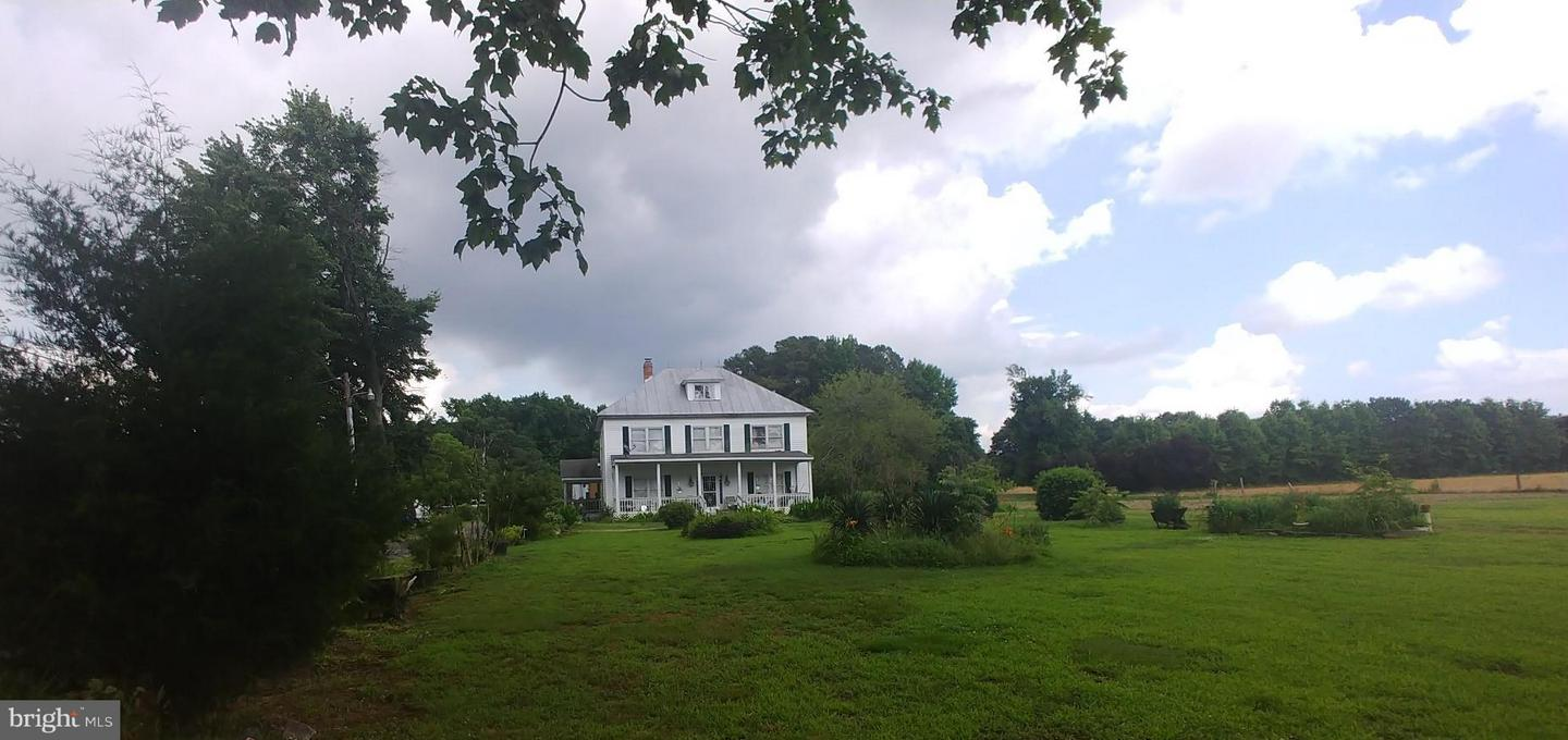 Farm for Sale at 20960 Colton Point Rd Coltons Point, Maryland 20626 United States
