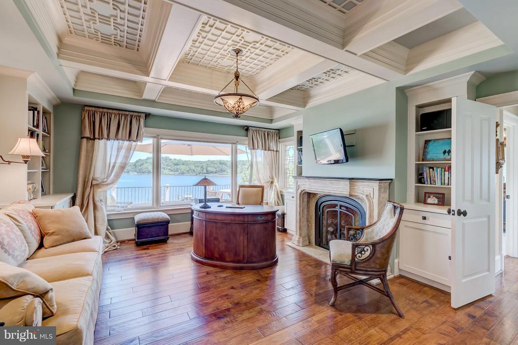 First floor office - 803 COACHWAY, ANNAPOLIS