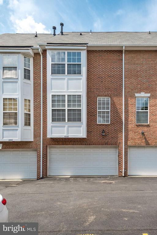 Exterior (Rear) - 2338 LEE HWY, ARLINGTON