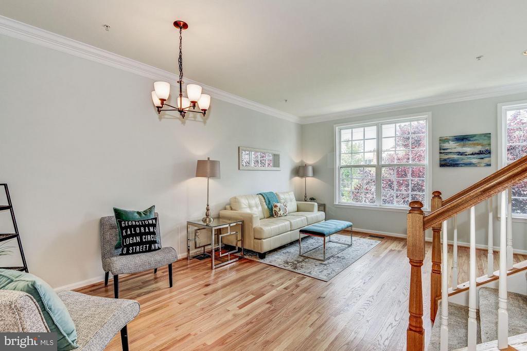 Living Room - 2338 LEE HWY, ARLINGTON