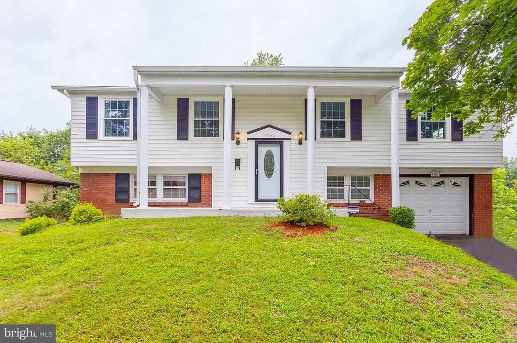 1302  PEACHWOOD LANE, Bowie, Maryland
