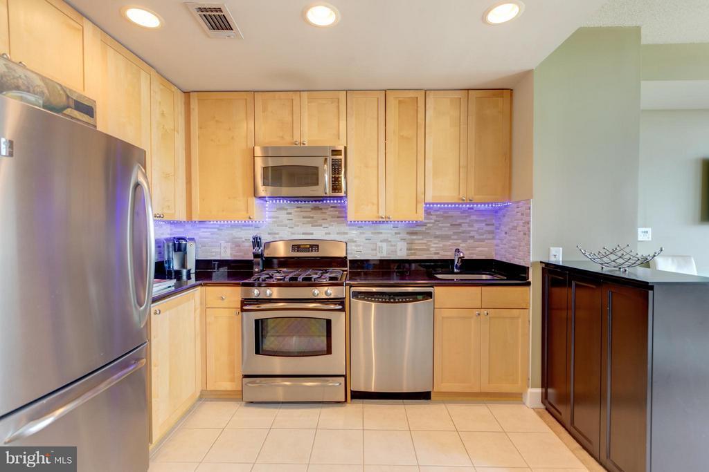 Kitchen - 3600 GLEBE RD #921W, ARLINGTON