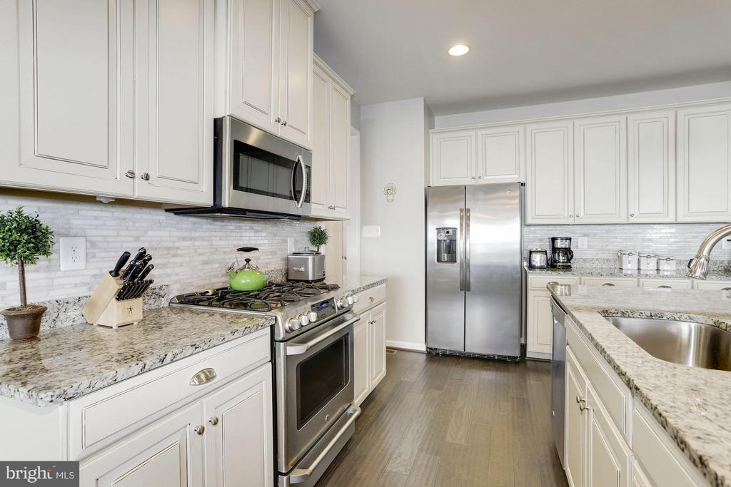 Kitchen - 4426 CAMLEY WAY, BURTONSVILLE