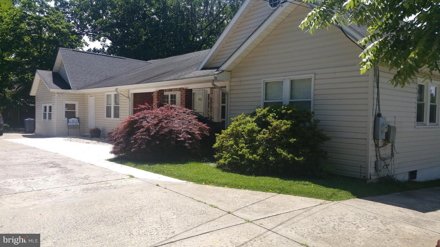 Photo of home for sale at 1822 Arcola Avenue, Silver Spring MD
