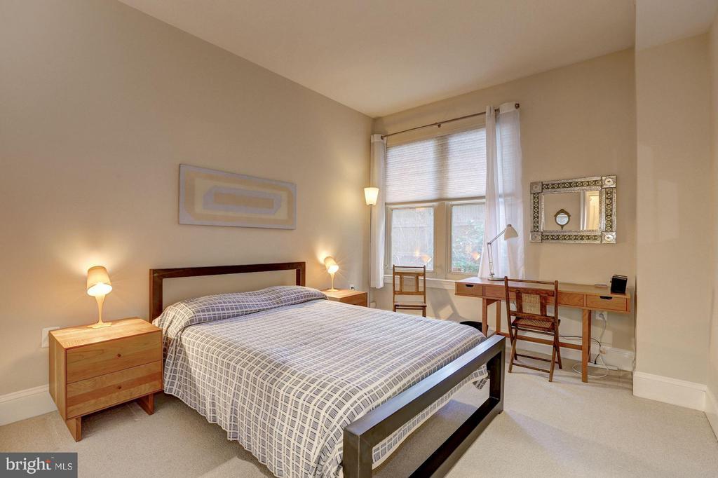 2nd Bedroom - 4821 MONTGOMERY LN #104, BETHESDA