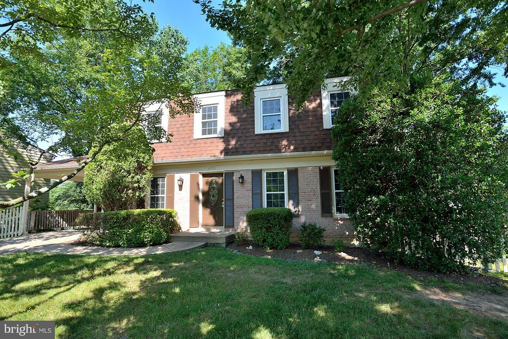 4375  FARM HOUSE LANE 22032 - One of Fairfax Homes for Sale