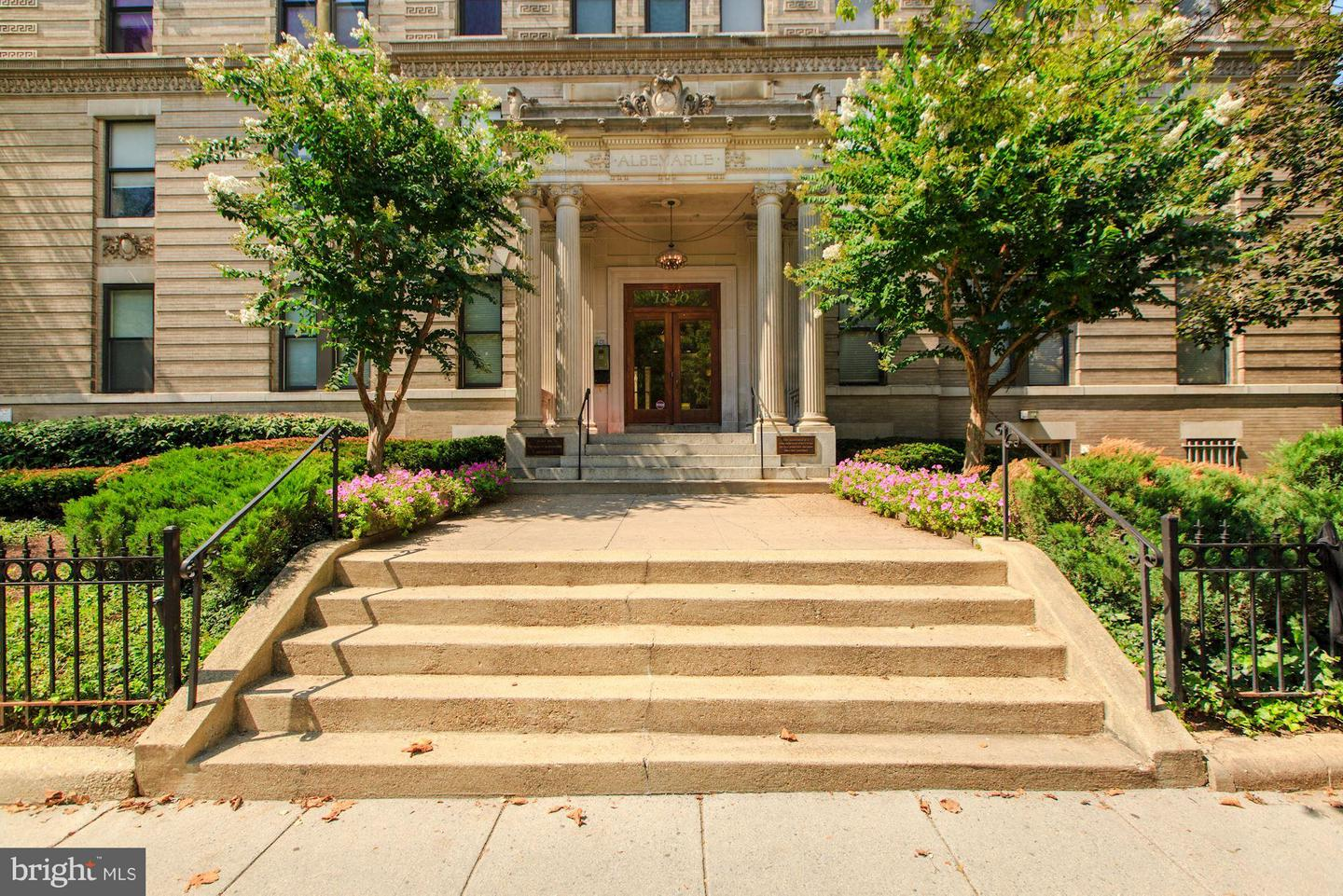 Single Family Home for Sale at 1830 17th St Nw #707 1830 17th St Nw #707 Washington, District Of Columbia 20009 United States