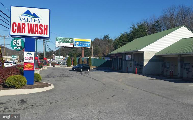 Commercial for Sale at 1685 Valley Rd Berkeley Springs, West Virginia 25411 United States