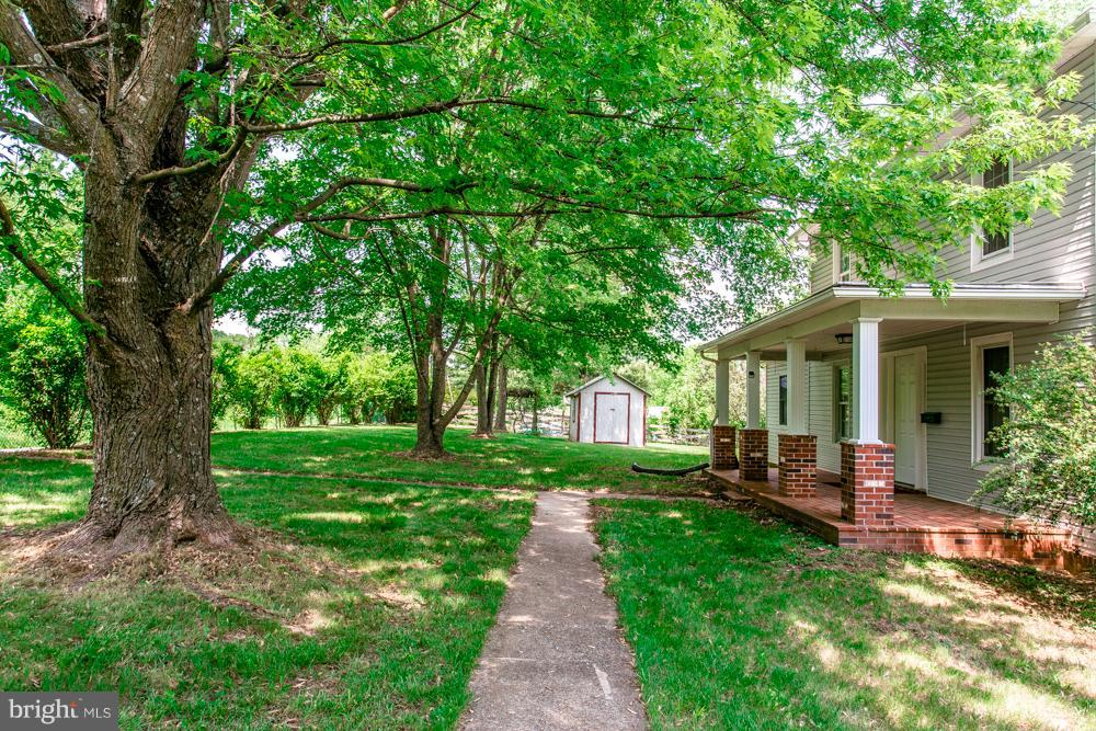 Farm for Sale at 16070 North Mountain Rd Broadway, Virginia 22815 United States