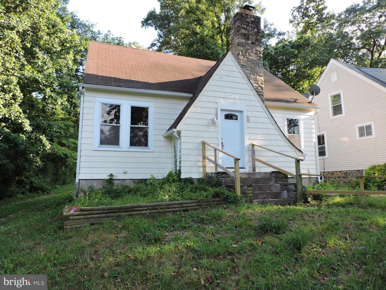 Single Family for Sale at 2403 Poplar Dr Gwynn Oak, Maryland 21207 United States