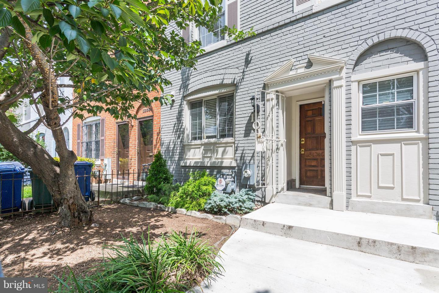 Single Family for Sale at 1010 13th St SE Washington, District Of Columbia 20003 United States