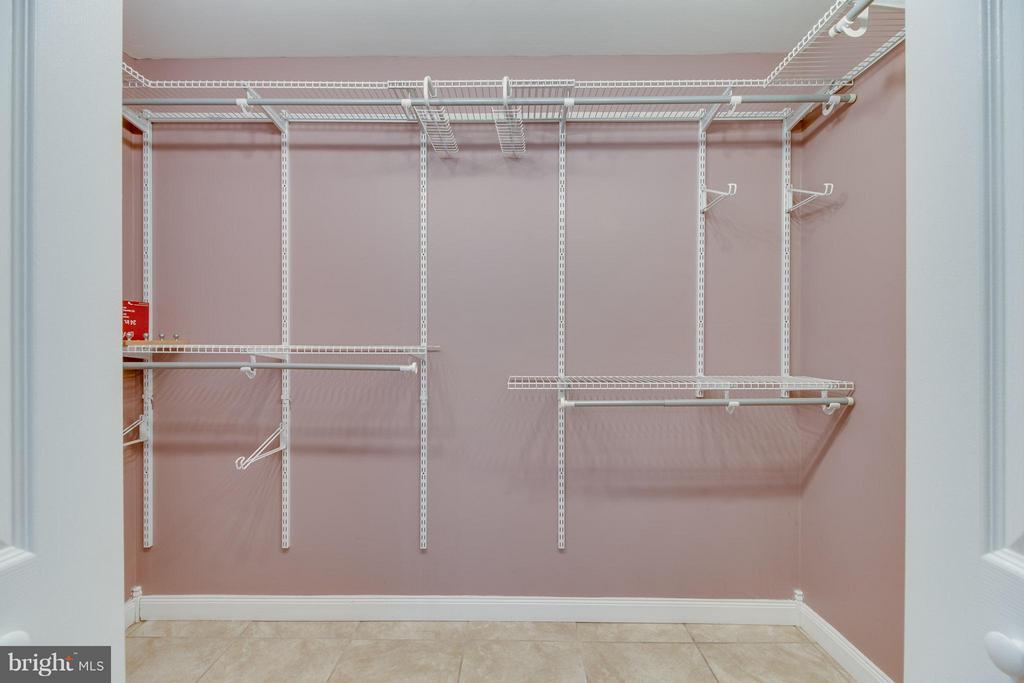 Bedroom (Master) Closet - 109 SAGUN DR, FREDERICKSBURG