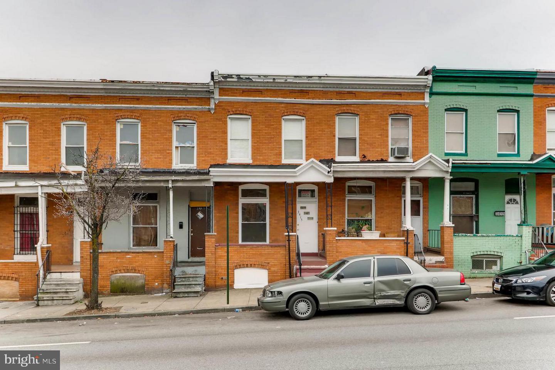 Single Family for Sale at 3415 Edmondson Ave Baltimore, Maryland 21229 United States