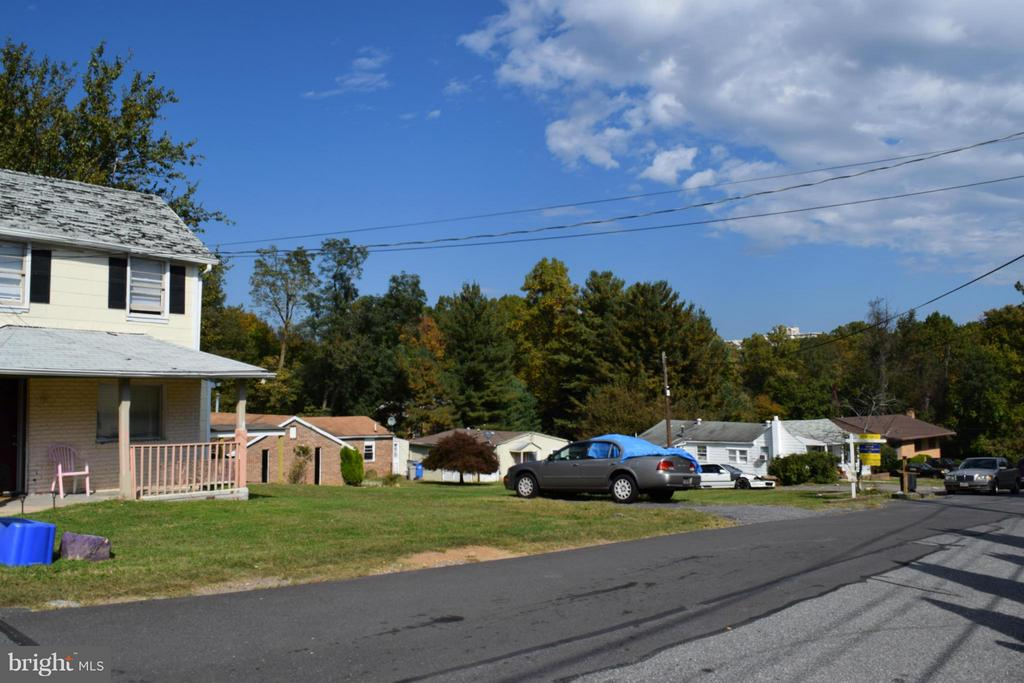 Four Homes on 1 Acre Lot on Wheaton Lane For Sale - 1307 WHEATON LN, SILVER SPRING