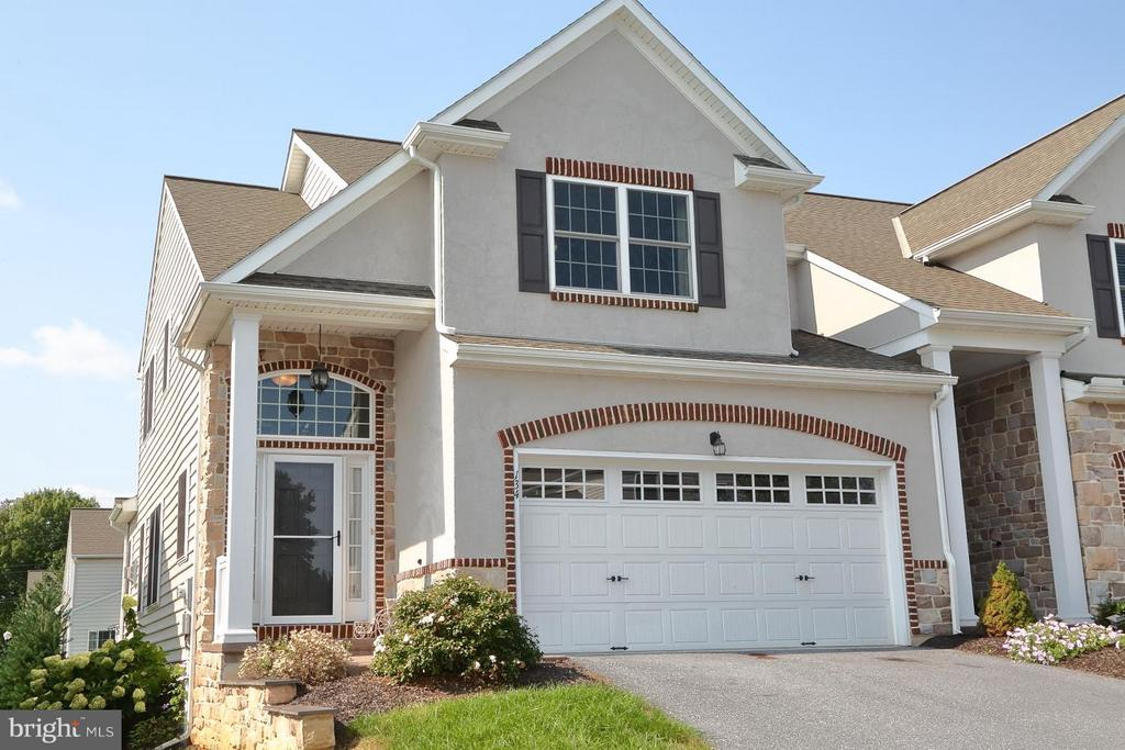 134  RIVER BIRCH DRIVE  34, Manheim Township in LANCASTER County, PA 17543 Home for Sale