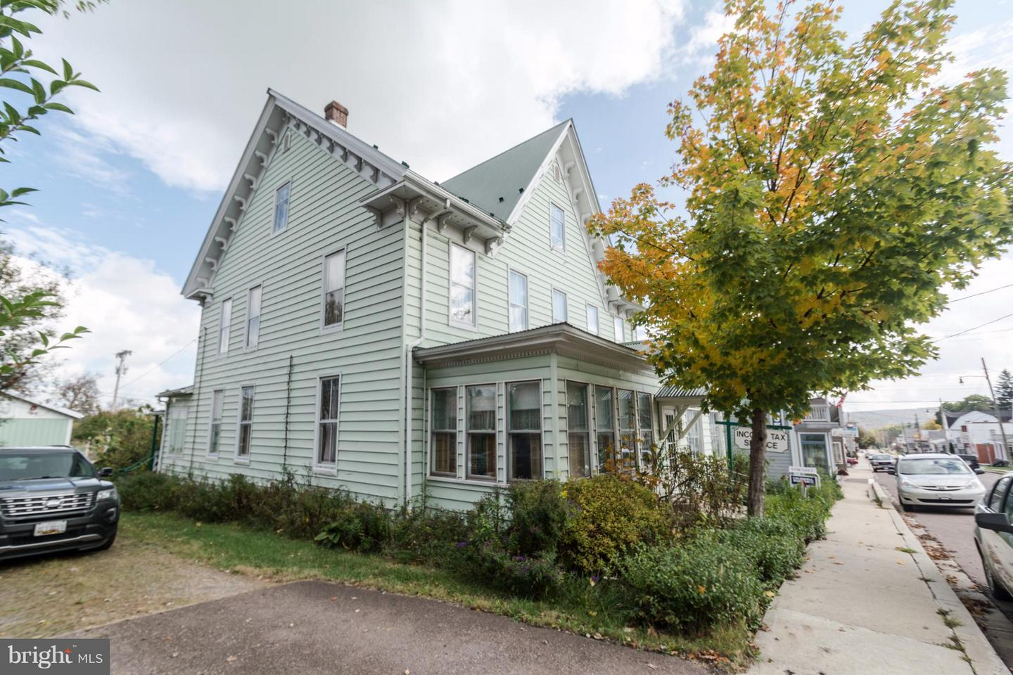 Photo of home for sale at 167 Main Street, Grantsville MD