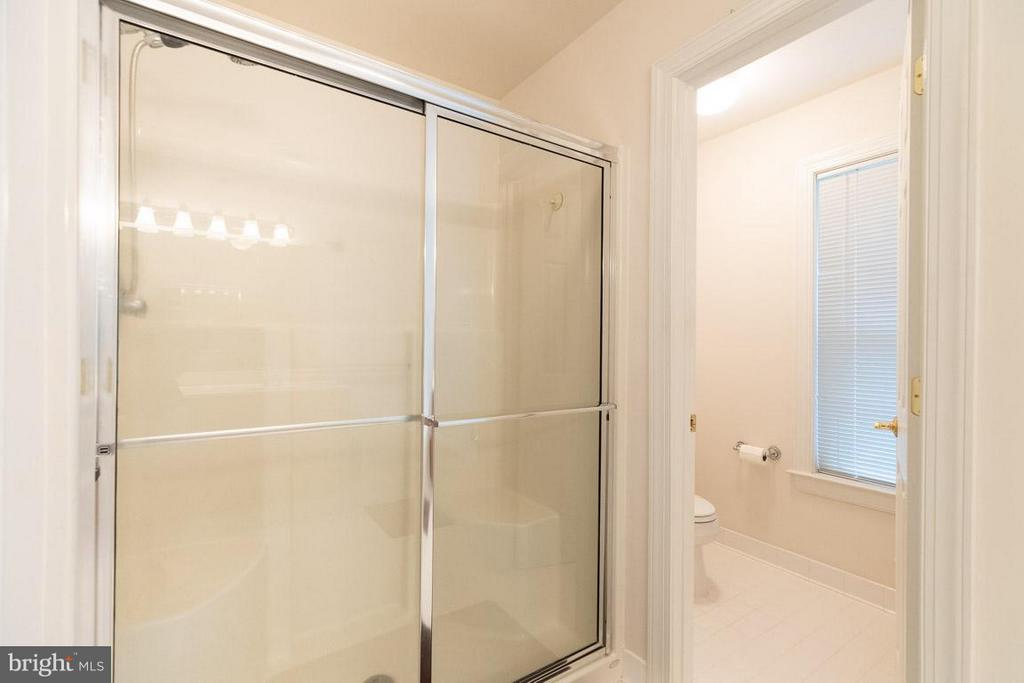 Master bath - 13208 CHANDLER CT, FREDERICKSBURG