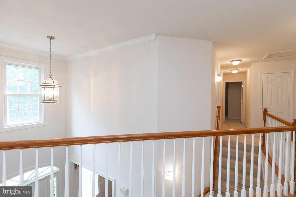 Stairs to uppper level - 13208 CHANDLER CT, FREDERICKSBURG