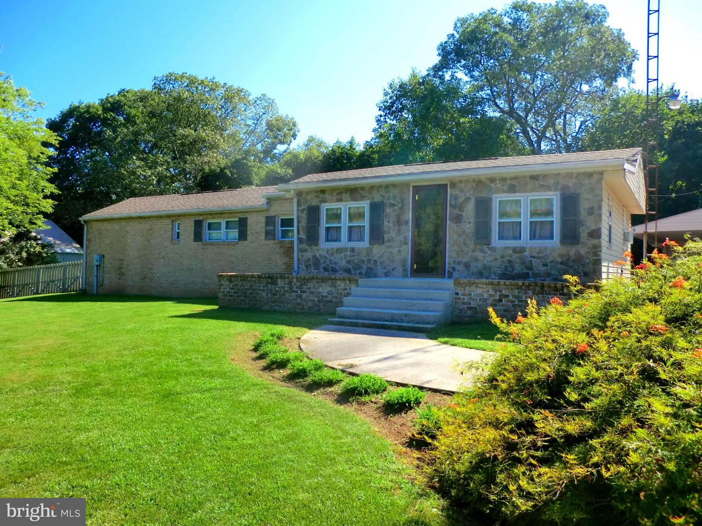 Single Family for Sale at 1809 Barlow-Two Taverns Gettysburg, Pennsylvania 17325 United States