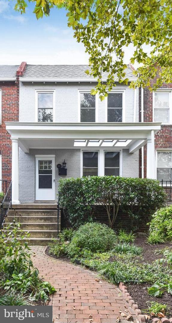 Single Family Home for Sale at 1328 22nd St Nw 1328 22nd St Nw Washington, District Of Columbia 20037 United States