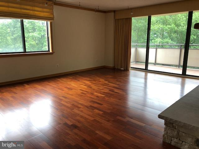 Additional photo for property listing at 5225 Pooks Hill Rd #128s  Bethesda, Maryland 20814 United States