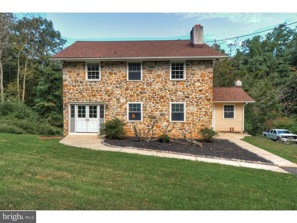 121 MOUNTAIN MARY RD, Oley PA 19512