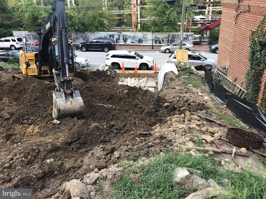 The digging has begun! - 426 MILL ST, OCCOQUAN
