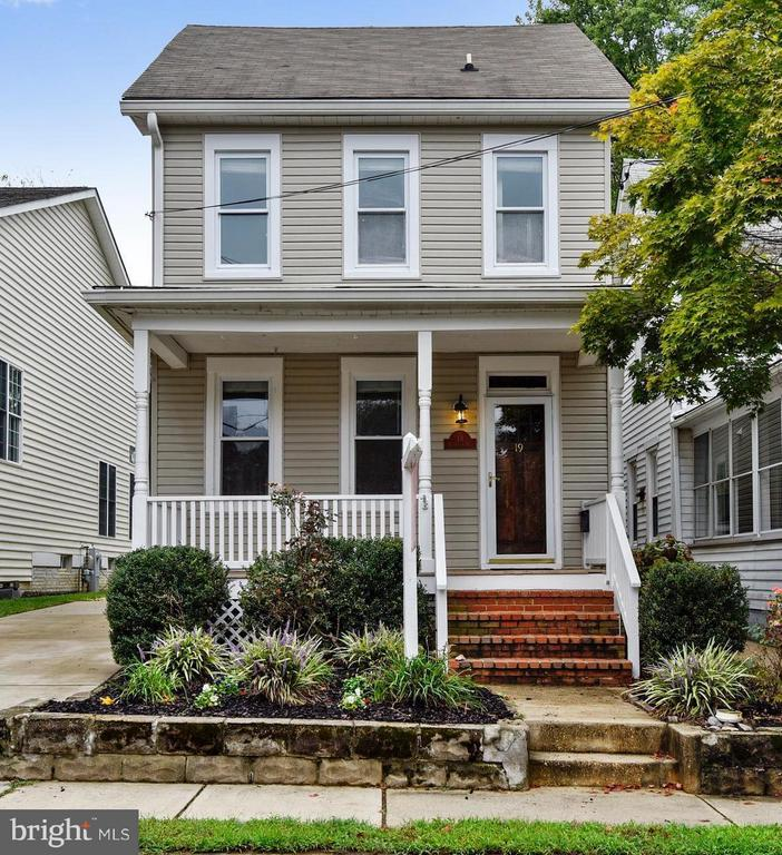 19  WOODLAWN AVENUE 21401 - One of Annapolis Homes for Sale