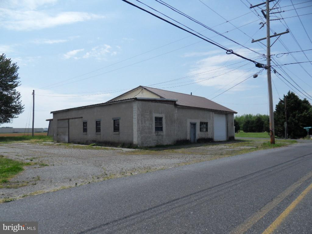 Other Residential for Rent at 5015 Williamsburg Church Rd Hurlock, Maryland 21643 United States