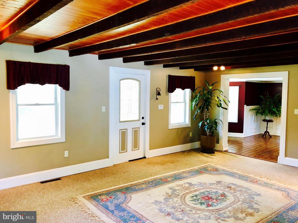 Living Room - 7008 KELLYS STORE RD, THURMONT