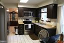 Kitchen - 6130 WICKLOW DR, BURKE