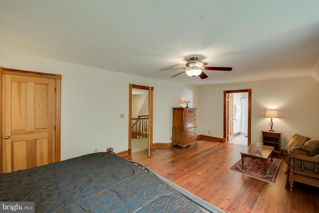 2nd master bedroom on 2nd floor - 14816 SPOTSWOOD FURNACE RD, FREDERICKSBURG