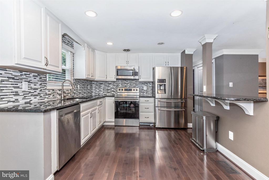 Kitchen - 17320 SOPER ST, POOLESVILLE