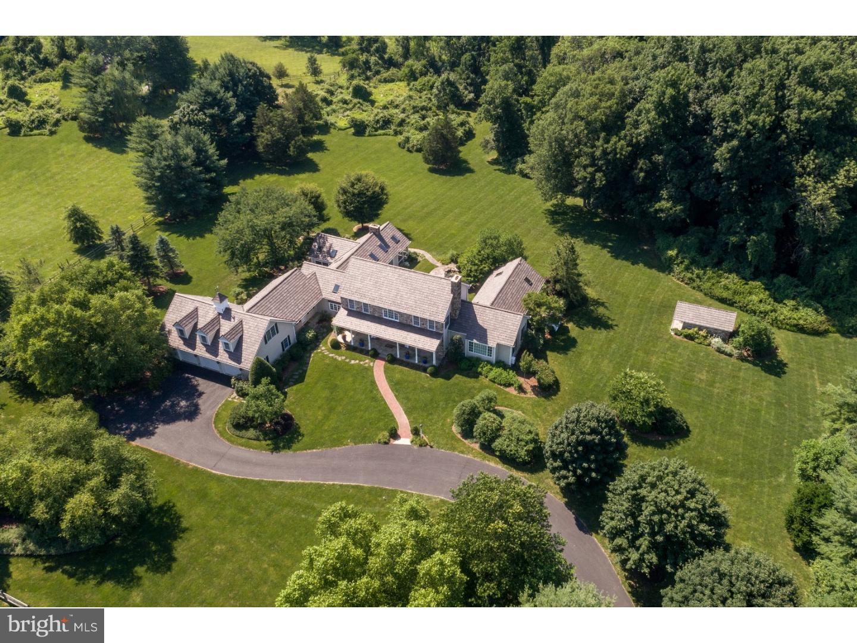 Maison unifamiliale pour l Vente à 6281 MEETINGHOUSE Road New Hope, Pennsylvanie 18938 États-UnisDans/Autour: Solebury Township