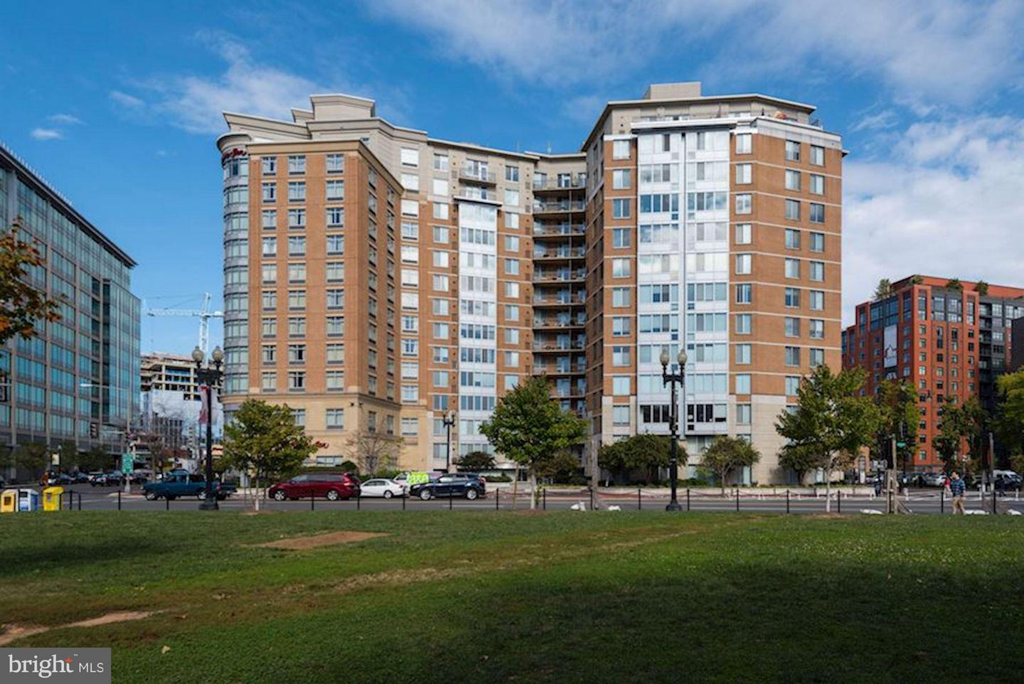 Single Family for Sale at 555 Massachusetts Ave NW #913 Washington, District Of Columbia 20001 United States