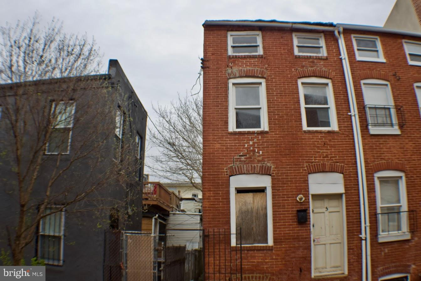 Single Family for Sale at 503 Wyeth St Baltimore, Maryland 21230 United States