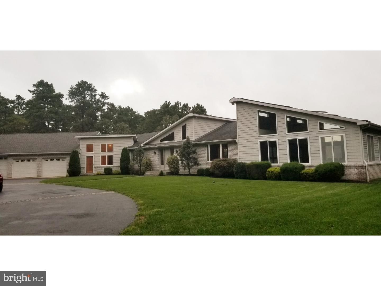 Частный односемейный дом для того Продажа на 1361 MAURICE RIVER PKWY Vineland, Нью-Джерси 08360 Соединенные Штаты