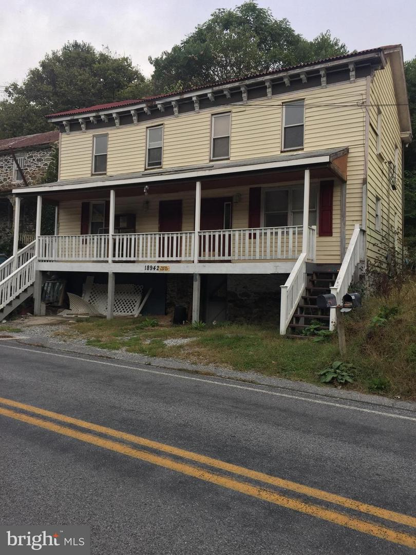 other residential homes for Sale at 18942 Sandyhook Rd Knoxville, Maryland 21758 United States