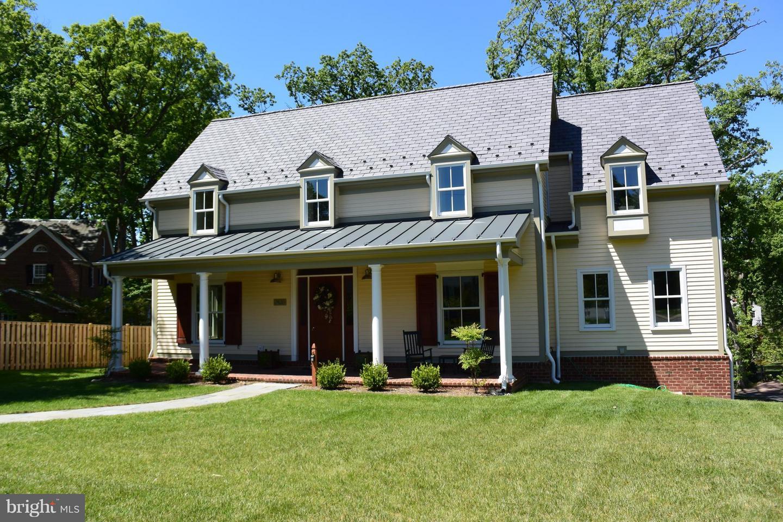 Single Family for Sale at 2436 Ridge Road Dr Alexandria, Virginia 22302 United States