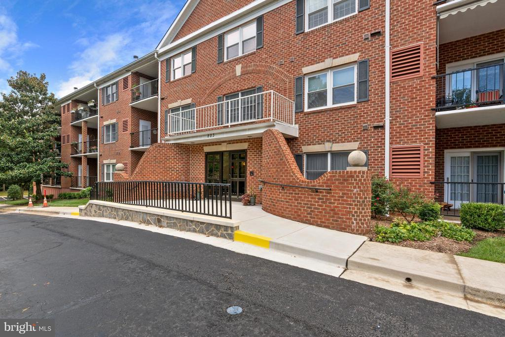 803  COXSWAIN WAY  208, Annapolis, Maryland