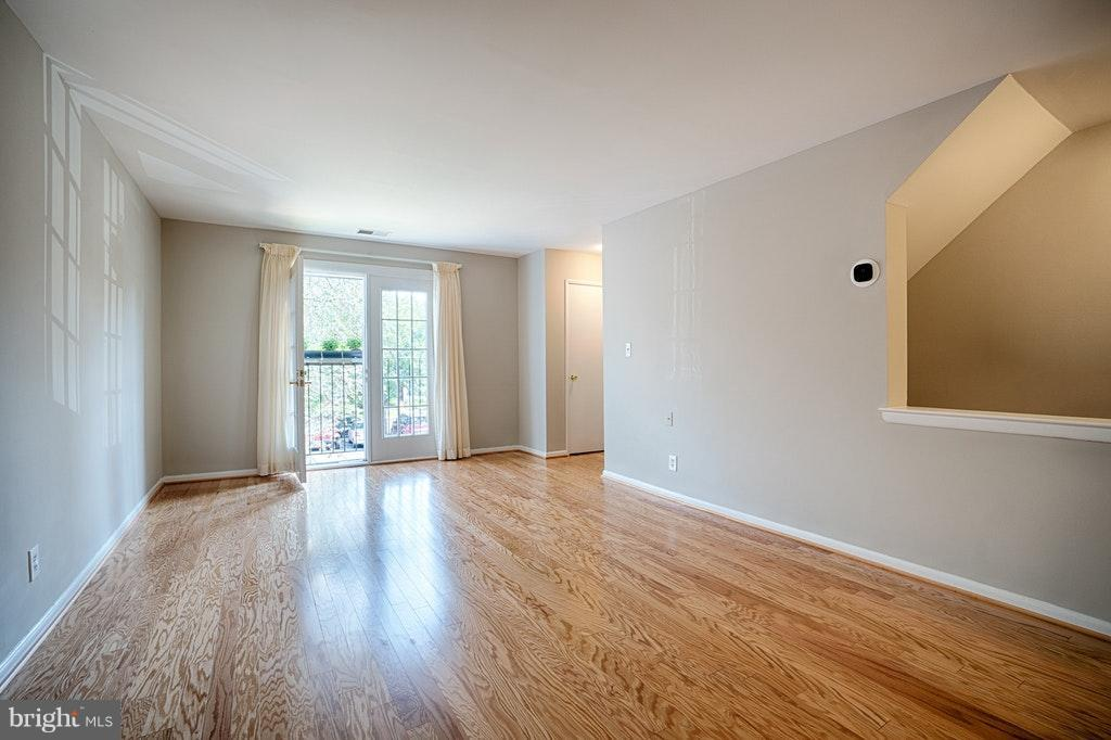 View from dining area Living Room - 2848-C WAKEFIELD ST #C, ARLINGTON