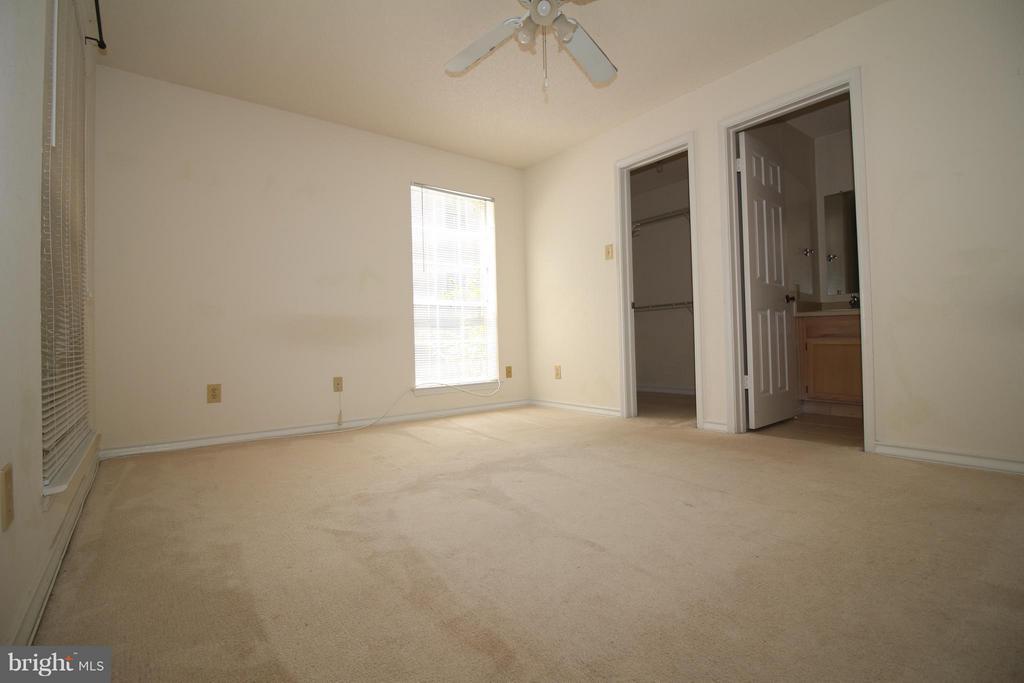 Master Bedroom - 1511 LINCOLN WAY #304, MCLEAN