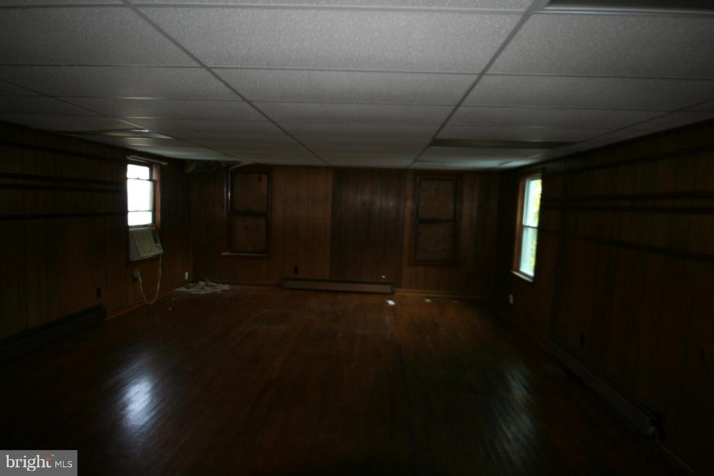 Interior meeting room - 408 MENTOR AVE, CAPITOL HEIGHTS