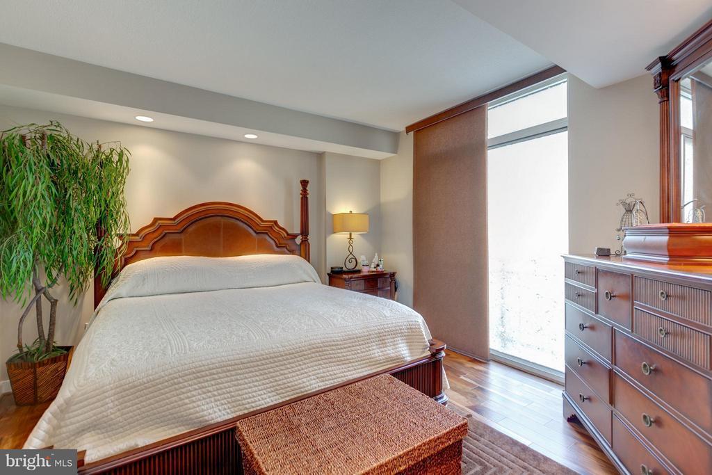 Bedroom (Master) - 155 POTOMAC #209, NATIONAL HARBOR