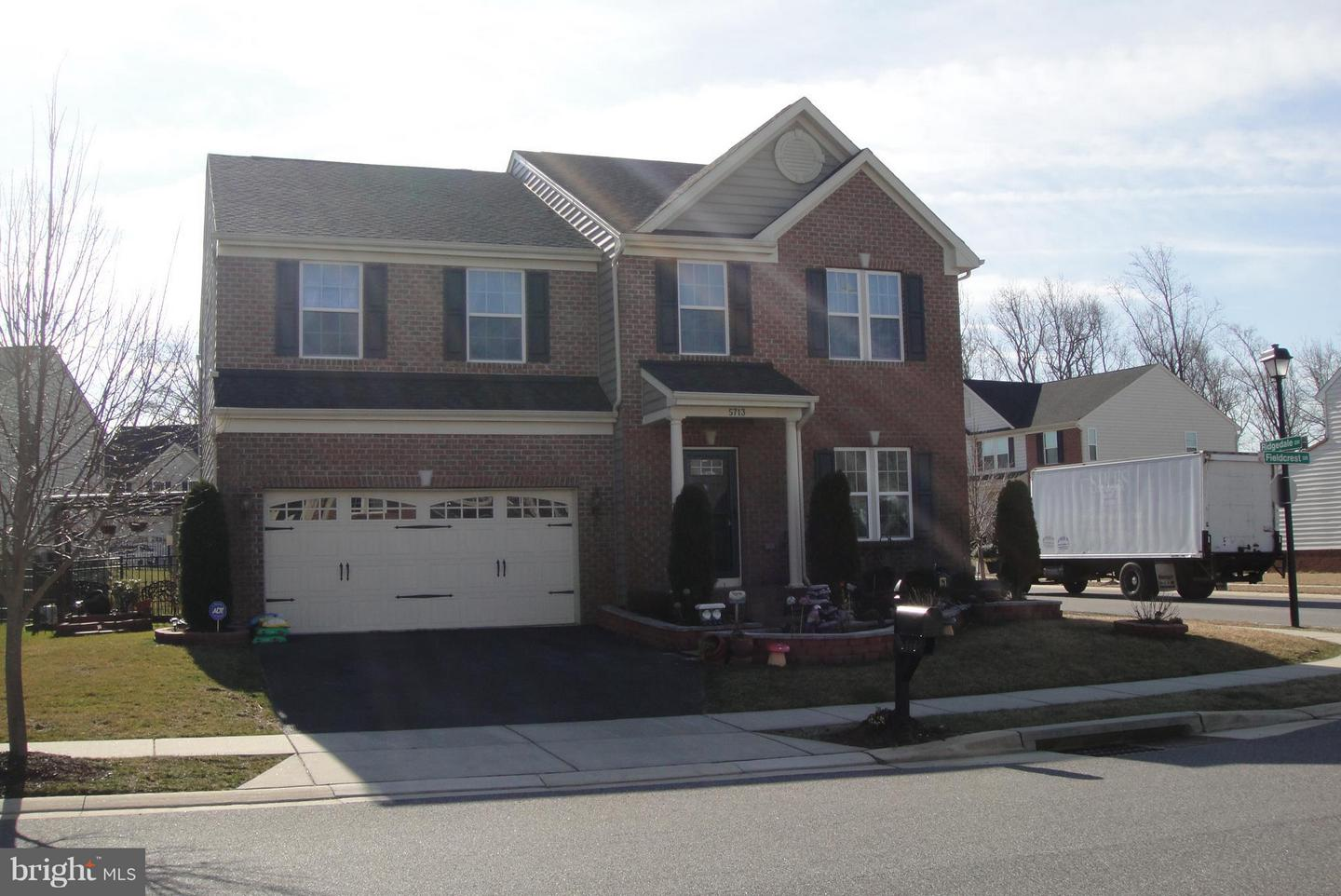 Single Family for Sale at 5713 Fieldcrest Dr White Marsh, Maryland 21162 United States
