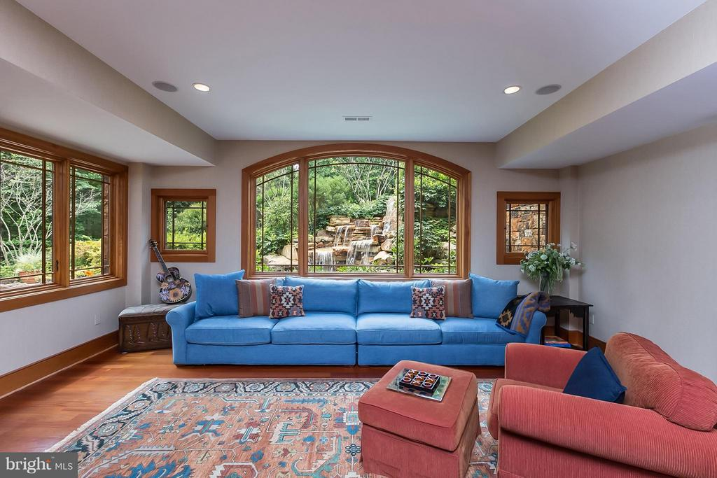 Fantastic waterfall view from lower family room - 8922 JEFFERY RD, GREAT FALLS